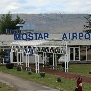 Na pregovorima sa stranim zrakoplovnim kompanijama očekuje se da će biti ugovorene nove zračne linije s Mostarom odnosno Hercegovinom.
