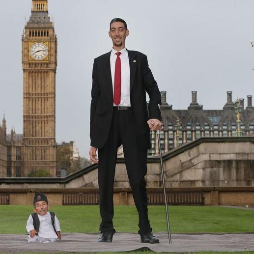U Londonu se prvi put sastali najviši i najniži čovjek na svijetu