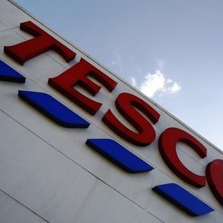 Nakon jeftinog tableta, Tesco će ove godine lansirati telefon