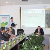 """Projekat """"Zeleni otoci"""" je rezultat uspješnog partnerstva između Općine Bosanska Krupa,  Centra za promociju lokalnog razvoja PLOD Centar i Općine Bihać, finaciran sredstvima EU u okviru IPA Programa."""