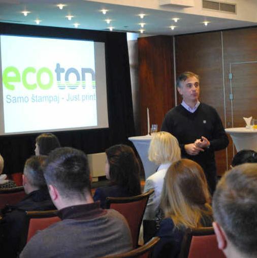 Kada se spomene ime Ecoton, obično prva asocijacija upućuje na firmu koja je lider na BH tržištu u oblasti proizvodnje i renovacije tonera. Međutim, Ecoton je puno više od toga