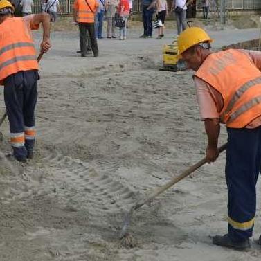 """Gradačački """"BalegeM"""" gradi kružni tok u Modriči"""