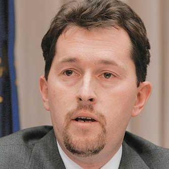 Slovenski ministar unutarnjih poslova zaprijetio ostavkom