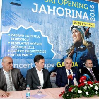Na olimpijskoj planini Jahorina je zvanično otvorena 64. zimska turistička sezona, za koju je izražena nada da će biti bolja od prethodne dvije.