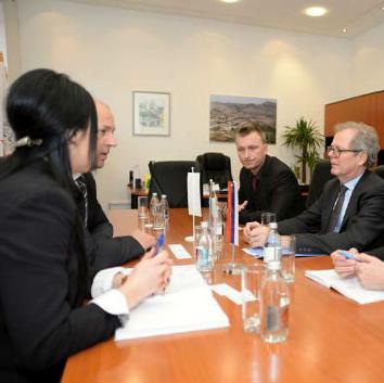 Ovo je zaključeno nakon sastanka švedskog ambasadora u BiH Andersa Hagelberga sa predstavnicima trebinjske lokalne uprave.