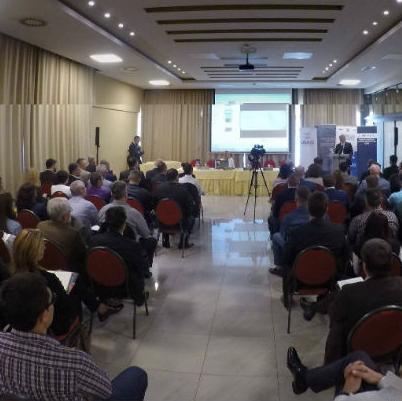 Većina političara ne zna koja je visina prosječne plate, poručio predsjedavajući Predsjedništva Bosne i Hercegovine Mladen Ivanić tokom Biznis foruma u Bijeljini