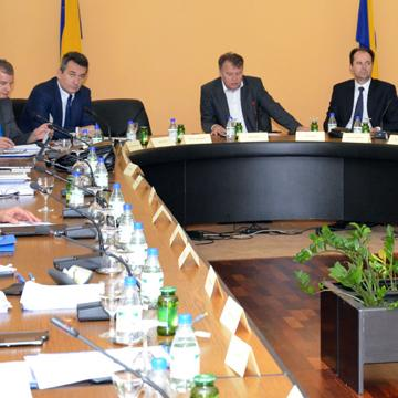 The aim of the meeting attended by a delegation of UNDP in BiH, led by the Resident Representative in BiH Yuri Afanasiev, andchief of cooperation in the EU Delegation in BiH Melvin Asin, was the agreement on coordination and cooperation in the reconstruction of housing.