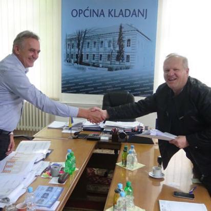 """Potpisan ugovor za izvođenje radova na sanaciji objekta """"Pošta u Kladnju"""""""