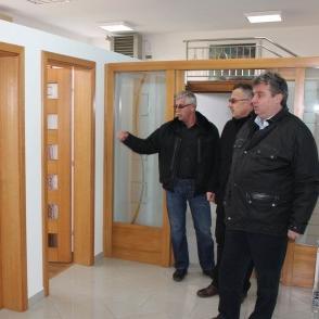 Grad Bihać i u novoj 2015.godini nastavlja sa projektima koji imaju za cilj direktnu podršku privredi, odnosno povećanju broja zaposlenih.