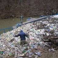 """Mreža koja zaustavlja otpad u Eko-centru """"Bočac"""" je ekološka bomba"""