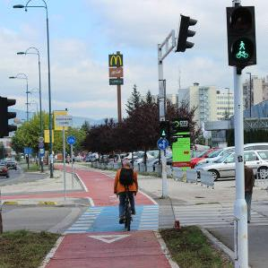 Deseta biciklistička promotivna vožnja ''Kritična masa'', koju sarajevski biciklisti organizuju jednom mjesečno u svrhu promocije sigurnog biciklizma, bit će održana u subotu, 3. oktobra.