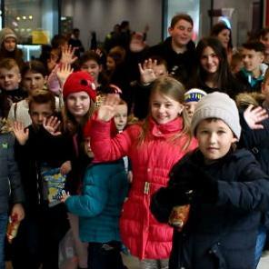 Bingo ugostio djecu iz kolektivnih centara Višća i Ježevac