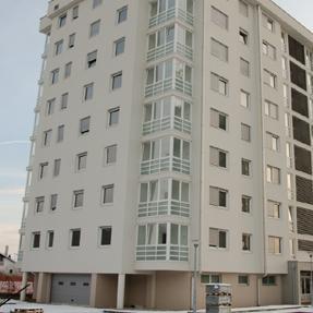 Manja ponuda stanova u Lukavcu