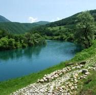BiH i Hrvatska stvaraju zajedničku turističku ponudu u donjem toku rijeke Une