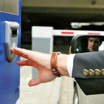 Naplata na uličnom parkiranju i kvalitetno upravljanje parkirnim prostorom