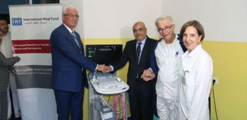 Bolnici u Travniku doniran ultrazvučni aparat
