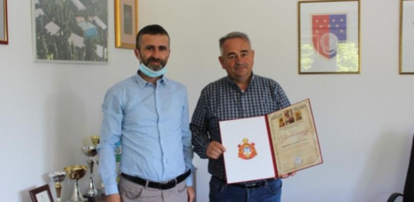 Općina Trnovo: Uručene zahvalnice za pomoć u izgradnji parohijskog doma