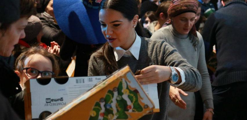 HO Islamic Relief BiH podijelila paketiće za 200 mališana