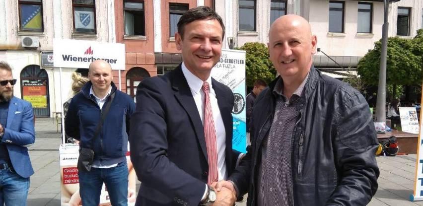Tondach potpisao sporazum o partnerstvu sa Građevinsko-geodetskom školom