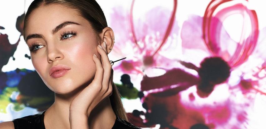 Živost Tokija u novoj limitiranoj mark. Oh So Tokyo makeup kolekciji (Foto)