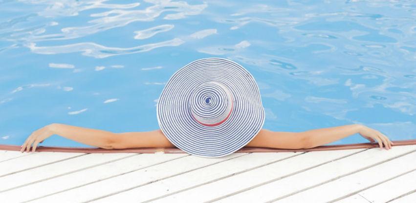 Sa Nobelom je lako državati vodu u bazenu sigurnom i čistom
