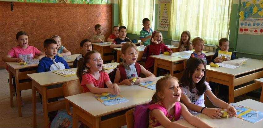 Grad Visoko obezbijedio besplatan set udžbenika za sve prvačiće
