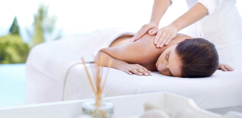 Balzam masaža - Nahranite kožu, opustite tijelo i um