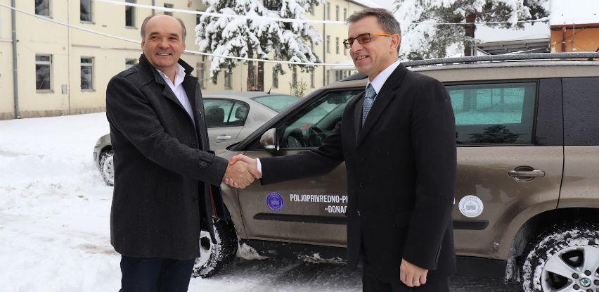 Hifa Oil donirala Poljoprivrednom fakultetu u Sarajevu novi automobil
