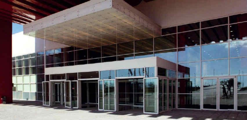 Staklene fasade: Najbolja estetska i ekonomska rješenja za novogradnju