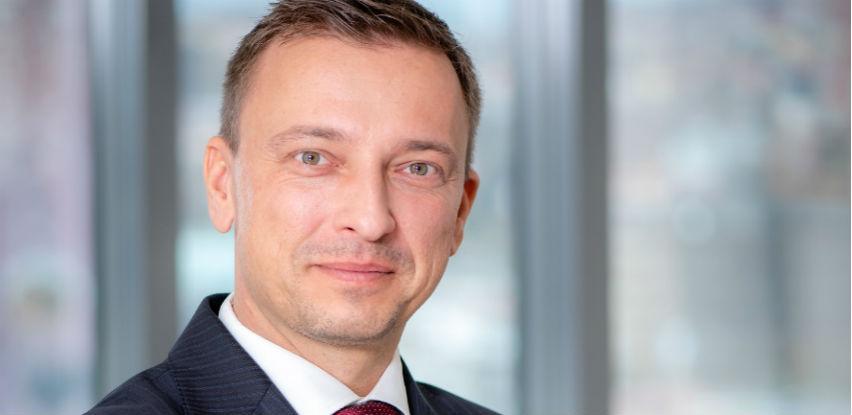 Raiffeisen banka komunicira s klijentima i putem OLX stranice