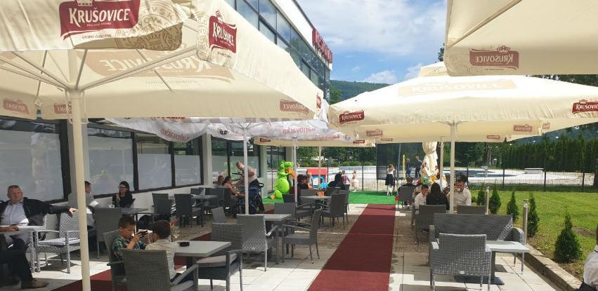 Reumal otvorio restoran - ljetnu baštu sa igralištem za djecu
