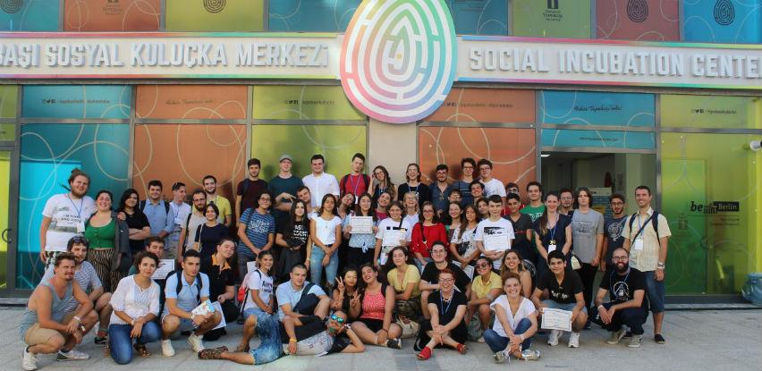 Logosoft i Mistral nagradili najuspješnije učesnike prvog hakaton događaja
