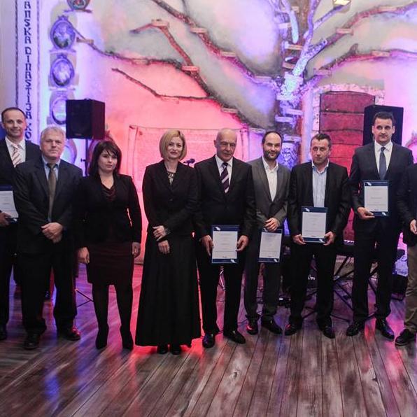 AmCham BiH uručila novčanu donaciju od 70.000KM