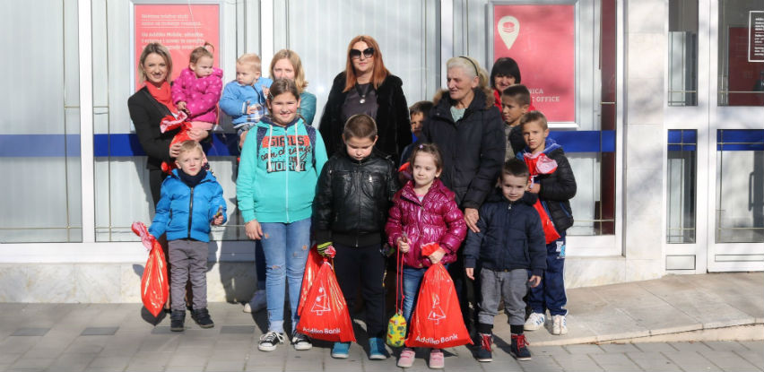 Paketići za socijalnu ugroženu djecu u Bijeljini i Čapljini