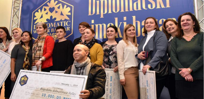 Telemach i KKR dali doprinos Diplomatskom zimskom bazaru