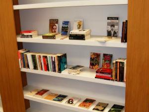 Ured za kulturu i turizam donirao 300 knjiga Gazi Husrev-begovoj biblioteci