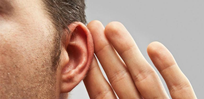 Šta je gubitak sluha u jednom uhu?