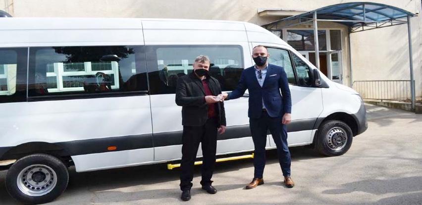 Novo kombi vozilo prilagođeno potrebama ljudi sa invaliditetom