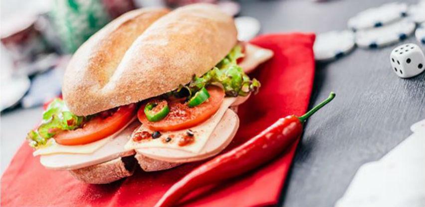 Lucky Poli sendvičem obradujte svoja čula okusa