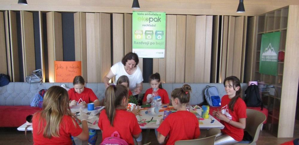 Ambasada Švicarske u BiH za djecu organizovala radionicu o reciklaži