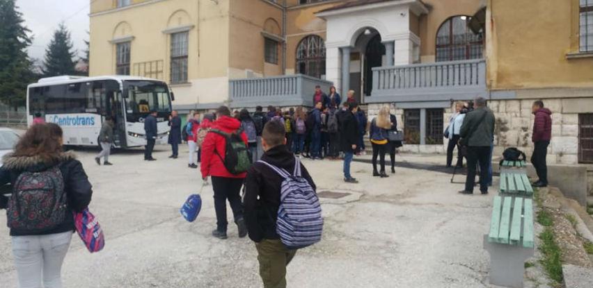 Centrotrans prevozi učenike JU Osnovne škole