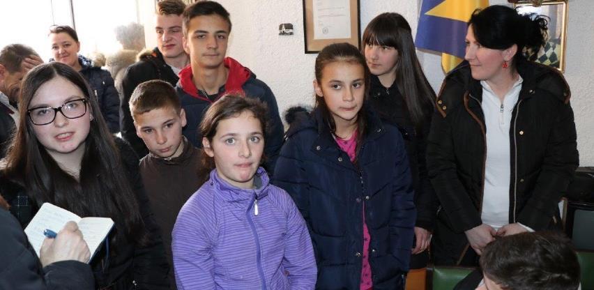 BBI banka nastavlja stipendirati djecu povratnika u Kupresu