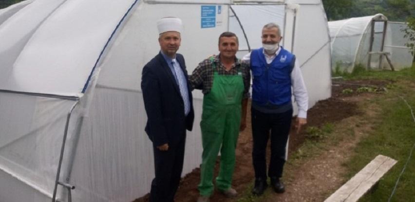 Islamic Relief donirala plastenike i sjemena povratnicima u Novom Goraždu