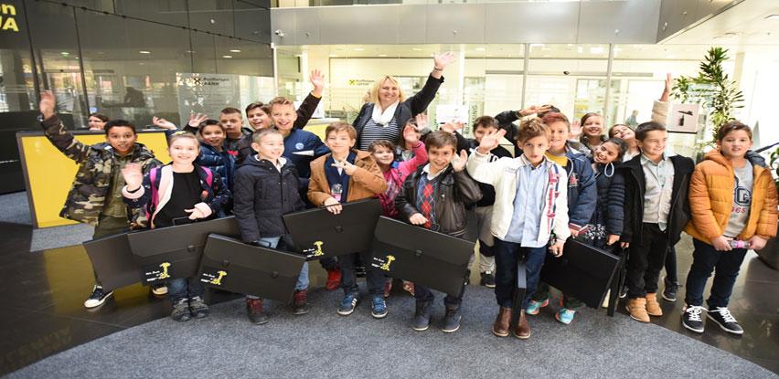 Povodom Svjetskog dana štednje Raiffeisen banka donirala dječija igrališta