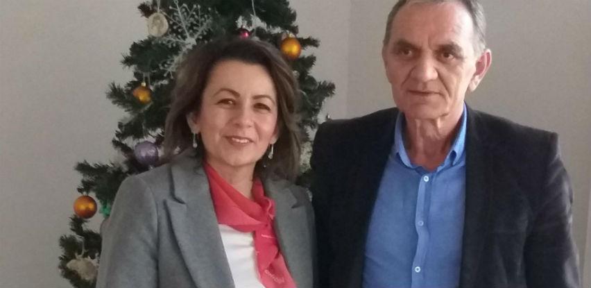 Donacija projektora za OŠ Bartola Kašića u Mostaru