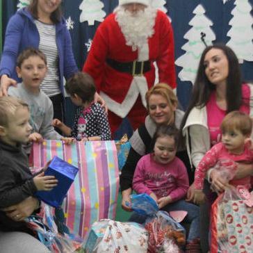 Zaposlenici Američke ambasade i USAID-a darovali djecu Zavoda Mjedenica