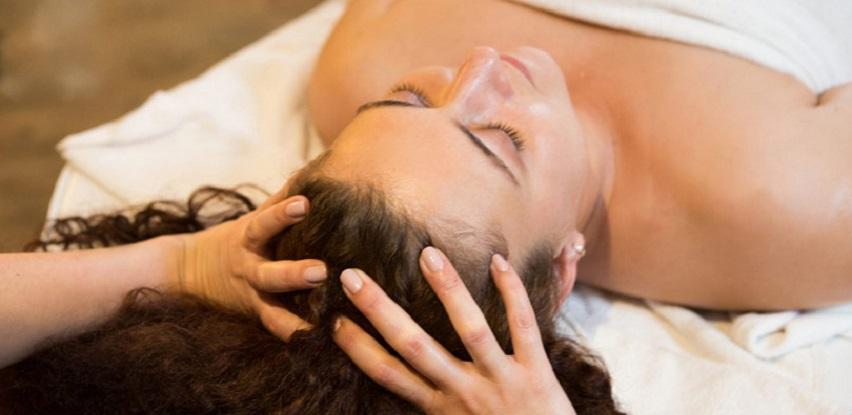 Masaža glave ublažava stres i sređuje misli