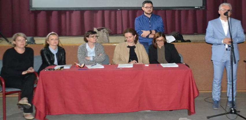 Potpisano 108 ugovora o dodjeli stipendija u Bosanskoj Krupi