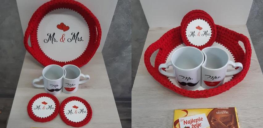 Kafa u dvoje = Ljubav - Poklon set za mladence ili mladi bračni par