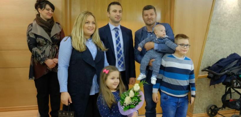 Općina Novi Grad: Po 500 KM za još 34 porodice sa troje i više djece